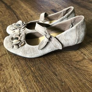 Earth Spirit Wedges Taupe Suede Sz. 8